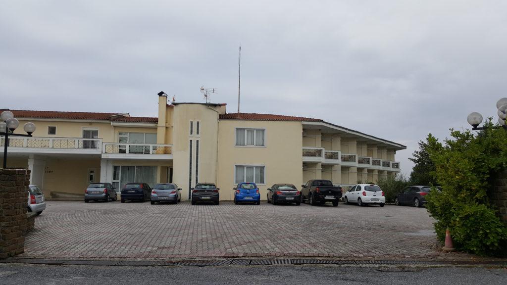 Het hotel, tevens de feestlocatie